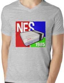 "Nintendo "" NES "" / Fun since 1985 Mens V-Neck T-Shirt"