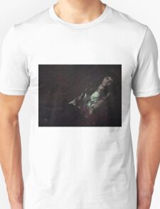 Gothic sleeping Beauty T-Shirt