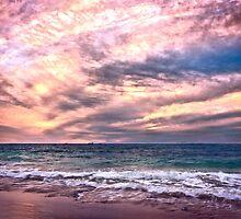 Sunset at Cottesloe Beach, Perth WA by Jun Song
