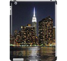 Empire State  Building - Gantry Plaza Night iPad Case/Skin