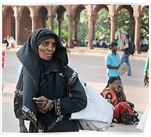 Muslim woman at the Jama Masjid mosque, Delhi Poster