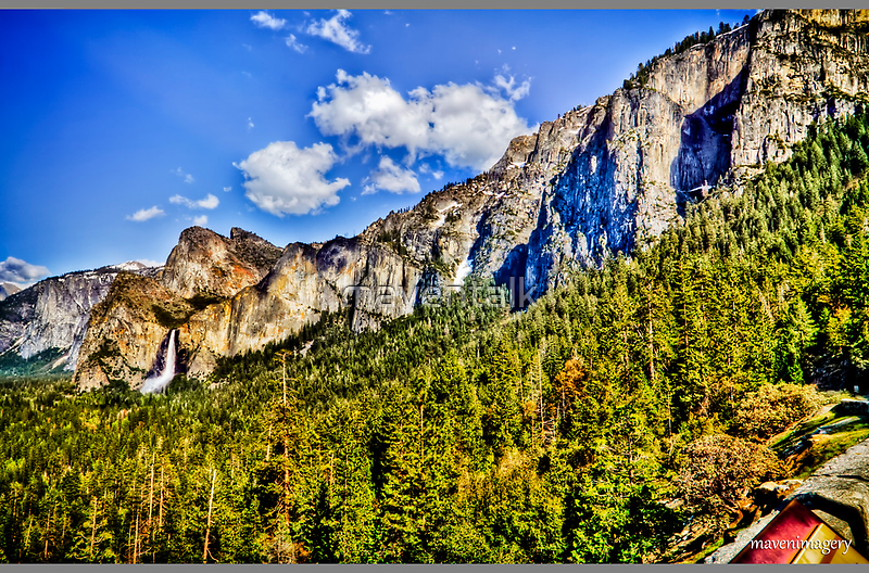 Tunnel view Yosemite, California, united states by maventalk