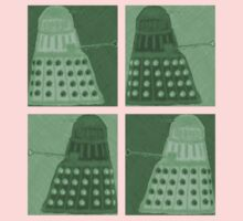 Daleks in negatives - green Kids Tee