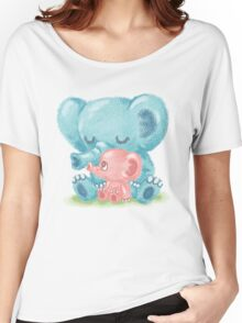 Family of elephant Women's Relaxed Fit T-Shirt