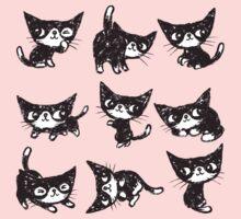 Nine poses of kitten One Piece - Short Sleeve