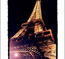 Paris by Night by saiclone