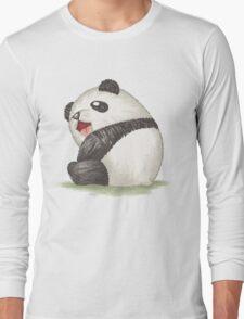 Happy panda sitting Long Sleeve T-Shirt