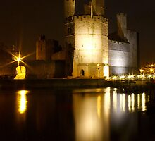 Castell Caernarfon At Night by Andrew S