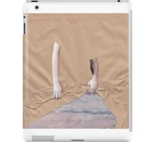 Uncover/reveal iPad Case/Skin