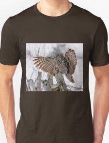 Great Grey Owl - Dunrobin, Ontario T-Shirt