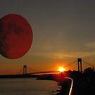 Red Moon by Mistyarts