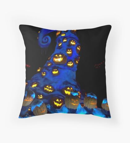 Haunted Mansion Holiday layover! Throw Pillow
