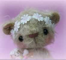 Little Gracie - Handmade bears from Teddy Bear Orphans by Penny Bonser
