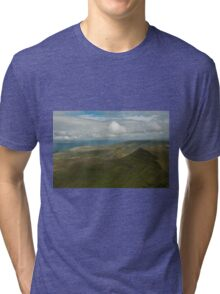 nr Libanus Brecon Beacons Wales UK. View from Pen y Fan, the highest peak in the Southern United Kingdom, looking eastwards towards Cribyn. Tri-blend T-Shirt