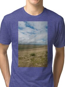 nr Libanus Brecon Beacons Wales UK. View across the moorland of the Beacons, seen from the footpath to Pen y Fan. Tri-blend T-Shirt