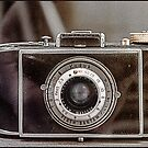 Kamera by Tunde Kulina