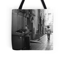 Even garbage bins need a bit of Christmas cheer! Tote Bag