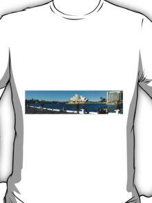 Sydney Opera House panorama T-Shirt