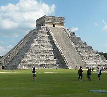 El Castillo de Chichén Itzá ....Yucatan-Mexico by cieloverde