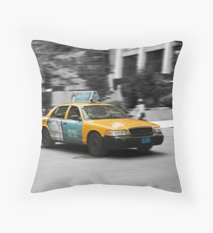 Chicago yellow cab Throw Pillow