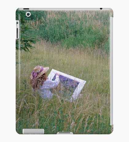 A Lady Artist Sketching iPad Case/Skin