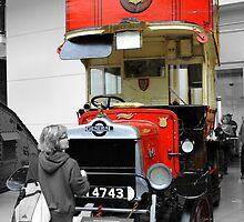 Old London Bus by chris-csfotobiz