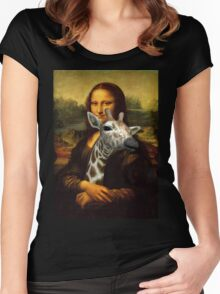 Mona Lisa Loves Giraffes Women's Fitted Scoop T-Shirt