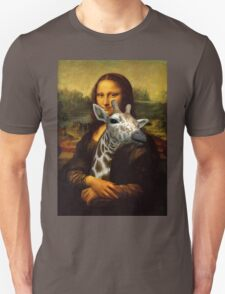 Mona Lisa Loves Giraffes Unisex T-Shirt