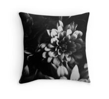 FLORA 25 Throw Pillow