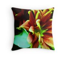 FLORA 38 Throw Pillow