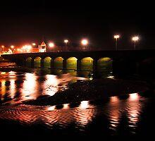 Barnstaple Bridge at night by Rob Hawkins