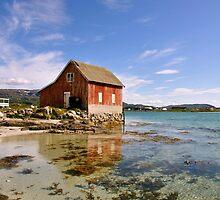 Boathouse, Hillesøya by itchingink