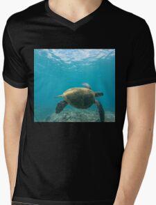 Honu - Turtle Summer  Mens V-Neck T-Shirt
