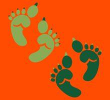 Two pairs twins Ogre feet cute for Halloween! Kids Tee
