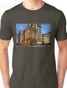 Manhattan Street Scene Unisex T-Shirt