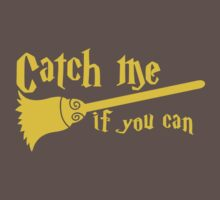 Catch me if you can wizard broomstick magic! One Piece - Short Sleeve