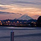 Mt Rainer Sunrise by DiamondCactus
