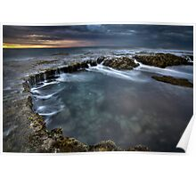 Rockpool and dancing water Poster