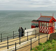 Salburn Cliff Tramway, Top Station by Rod Johnson