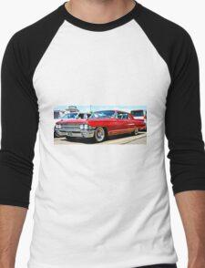 Red Classic Cadillac Men's Baseball ¾ T-Shirt