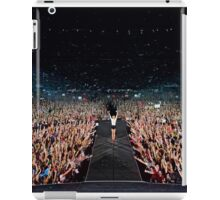 Taylor Swift on stage iPad Case/Skin