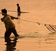 Mekong Net Fishing - Savannakhet, Laos by Alex Zuccarelli