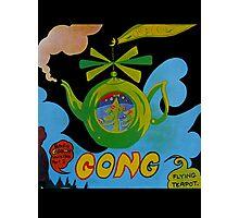 Gong T-Shirt Photographic Print