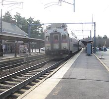 1704 MBTA Commuter Rail (OUTBOUND) by Eric Sanford