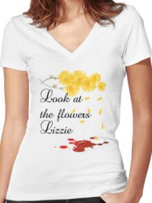 Look at the flowers Lizzie Women's Fitted V-Neck T-Shirt