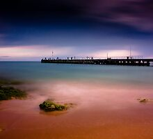 Docrell Lane Pier by Ian Stevenson
