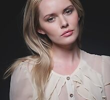 Soft and gentle portrait by Peter Stone