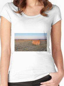 A lone hay bale Women's Fitted Scoop T-Shirt