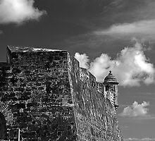 Old San Juan Fort by barkeypf