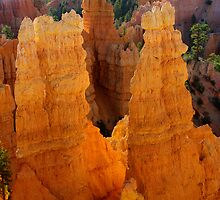 Sunrise at Bryce Canyon by Vicki Pelham